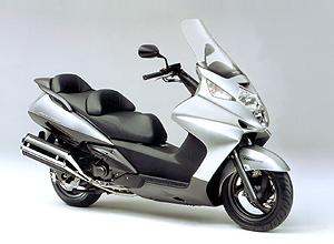 本田 silverwing600摩托车