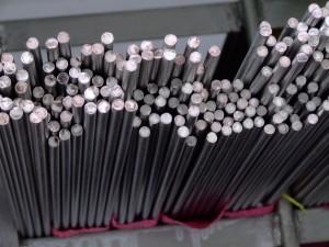 ―现销304不锈钢黑皮棒―优质304L不锈钢黑皮棒―