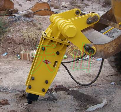 天山牌挖掘机破碎锤 搭形、三角形、静音破碎锤价格 ...